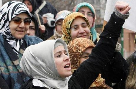 muslimah 25 Turkey