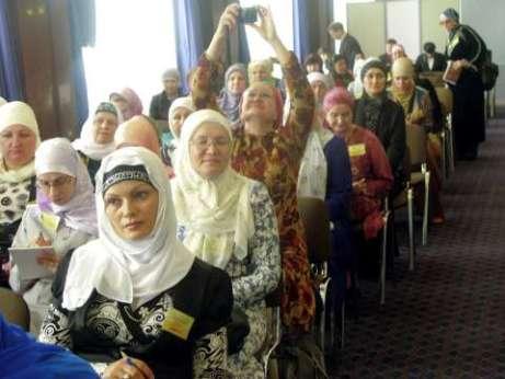muslimah 75 Rusia